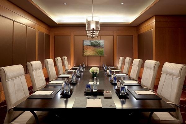 2 dòng ghế văn phòng 190 thích hợp nhất cho không gian phòng họp