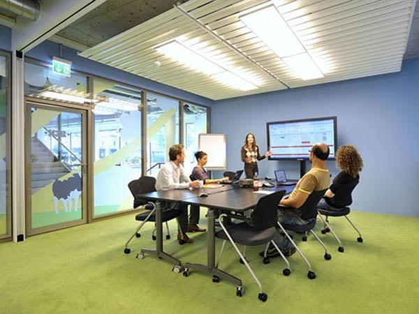 Bàn ghế phòng họp đem lại sự thoải mái