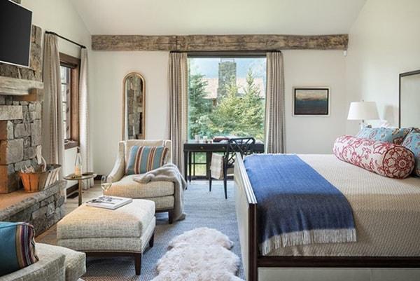 Sử dụng ghế bằng chất liệu lông trong phòng ngủ
