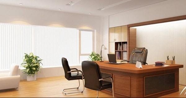 Bố trí ghế làm việc nên ngồi xoay lưng lại với tường hoặc vách chắc chắn