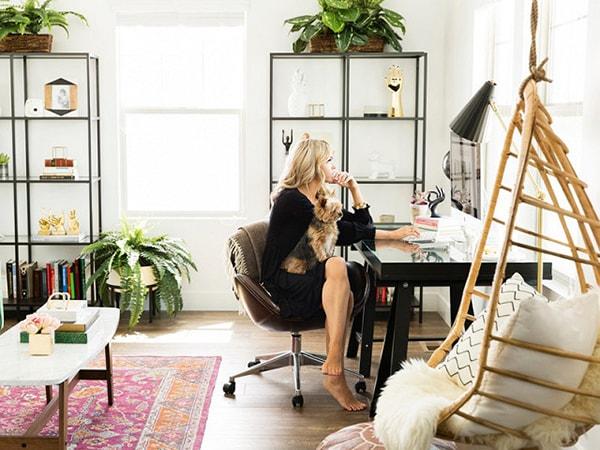 Ghế xoay là dòng ghế văn phòng phổ biến và được ưa chuộng nhất hiện nay