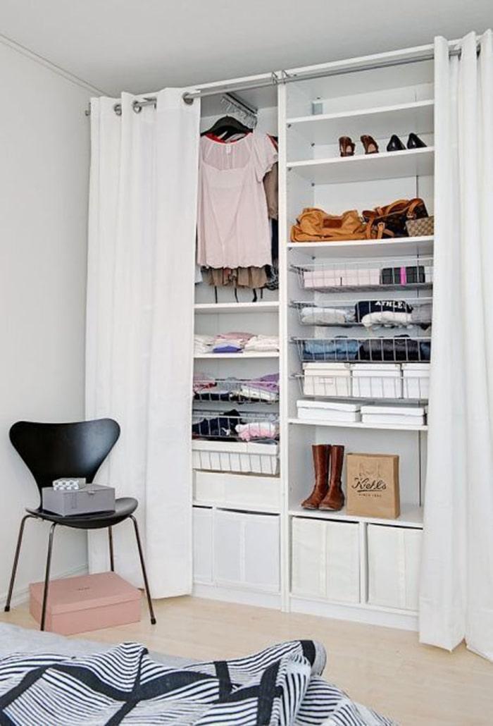 Tủ quần áo sử dụng rèm kéo